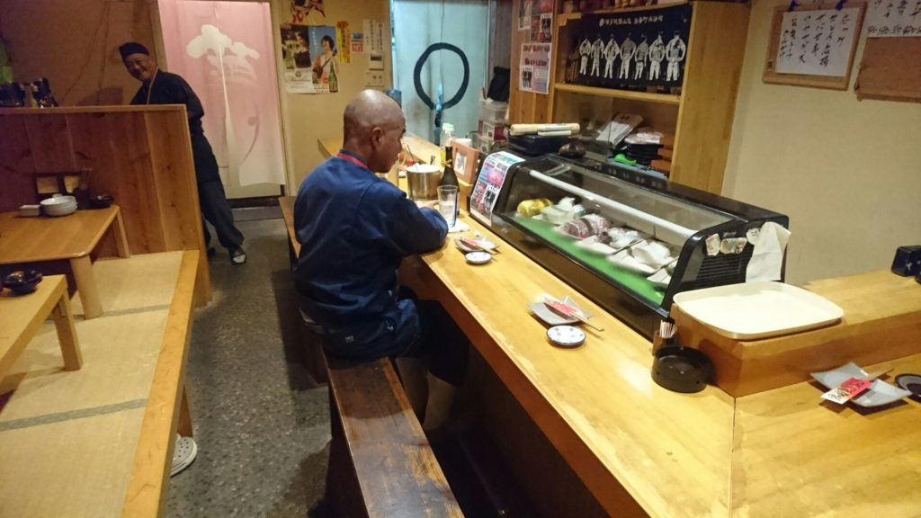 沖縄市居酒屋良ちゃんの店内