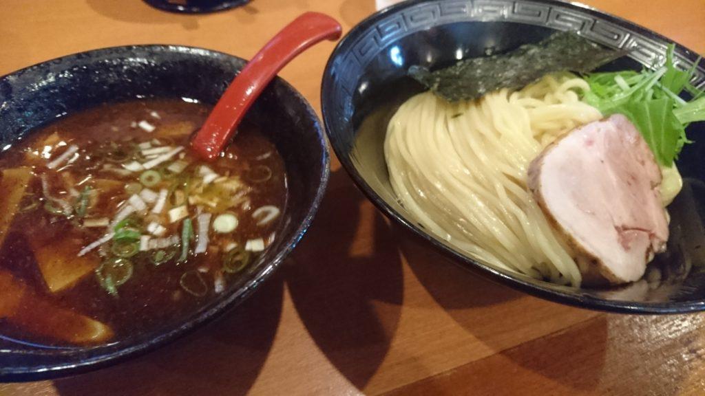 ゆいまーる人沖縄市安慶田の梅つけ麺