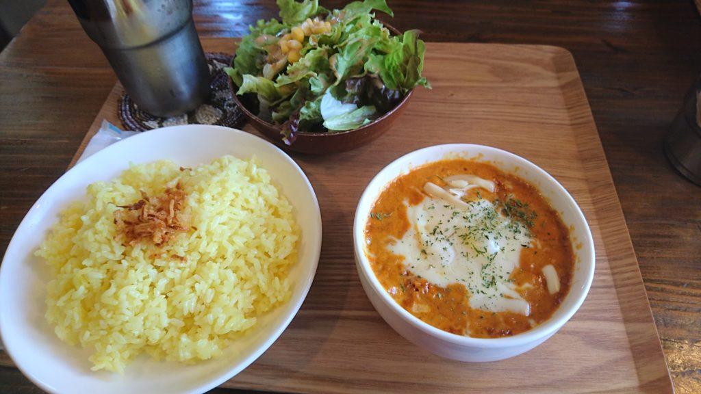 北中城村ラクシュミーの豆チーズカレー