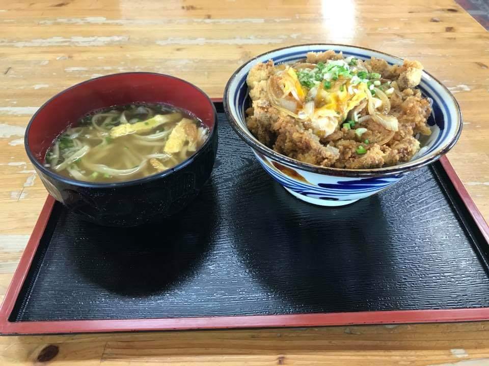 沖縄市味ごのみのかつ丼