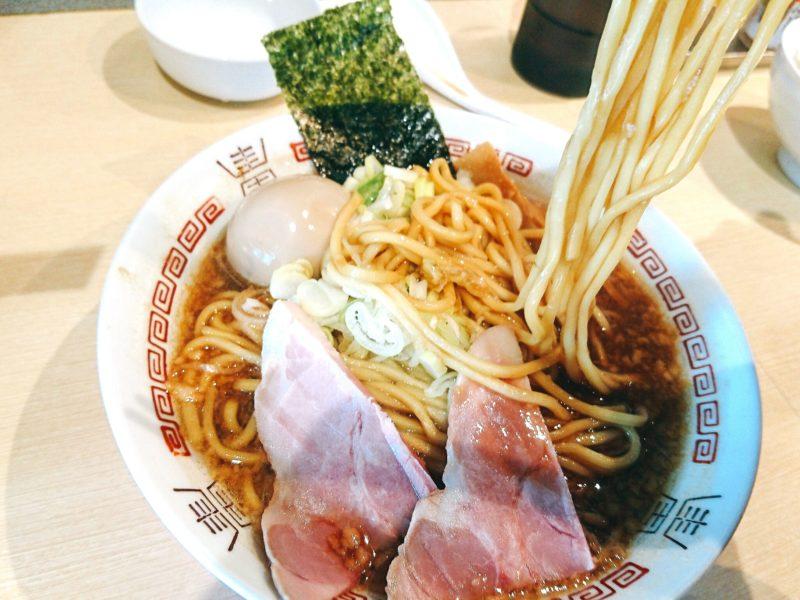 沖縄市美原らー麺アオキジの醤油らー麺