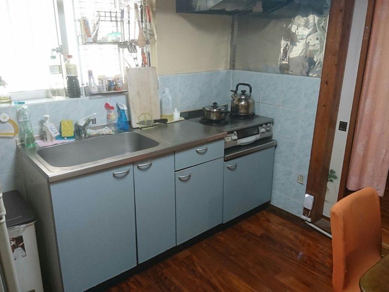 沖縄市ごーやー荘のキッチン