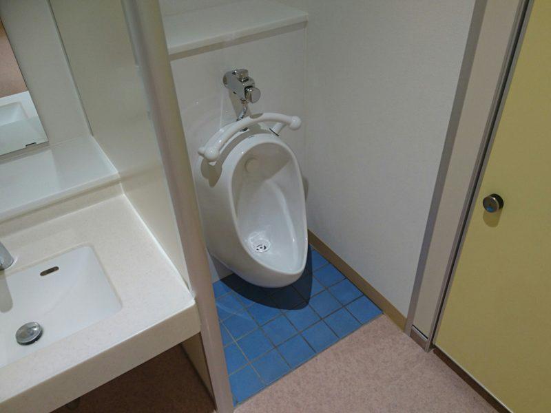 沖縄市中央沖縄市立図書館のこども用トイレ