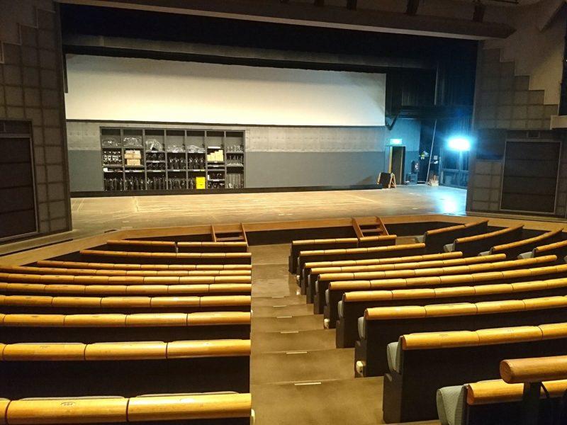 沖縄市中央沖縄市民小劇場あしびなーの劇場