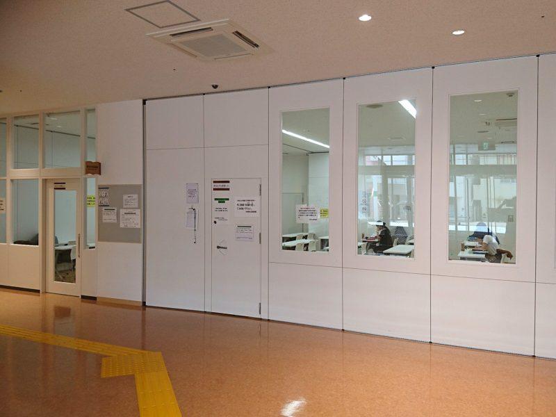 沖縄市中央沖縄市立図書館まなびの部屋