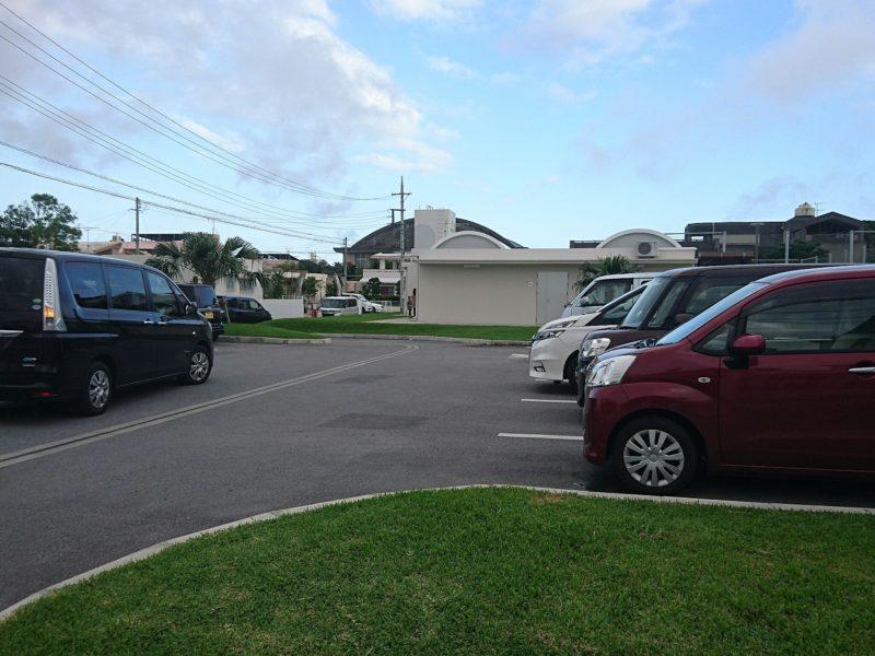 沖縄市若夏公園駐車場