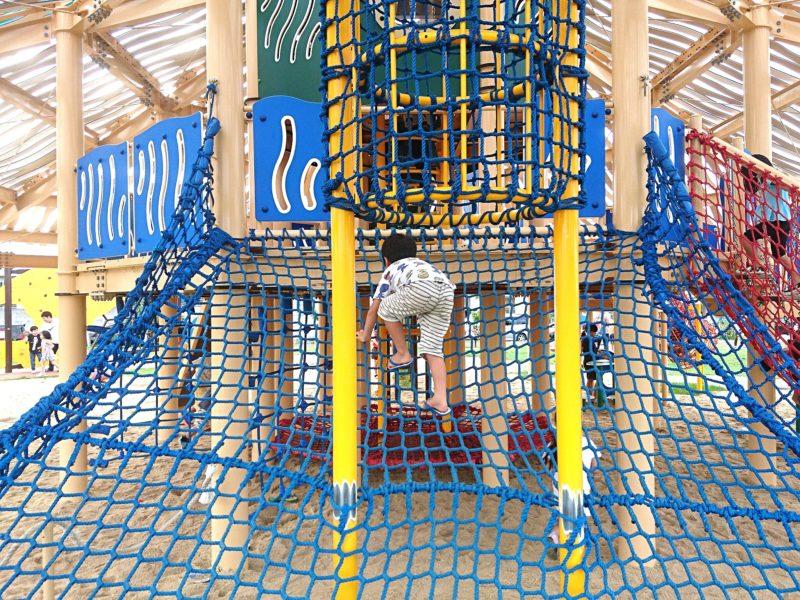 沖縄市若夏公園のネット