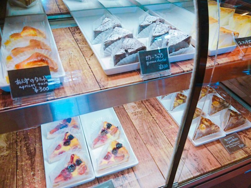 沖縄市バードランドカフェのデザート
