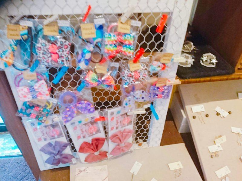 沖縄市バードランドカフェの小物
