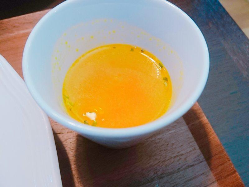 沖縄市バードランドカフェのスープ