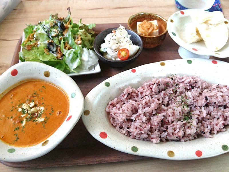 沖縄市胡屋Cafeかふーしのカレー