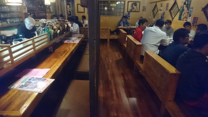 沖縄市中の町味酔処わがままの店内