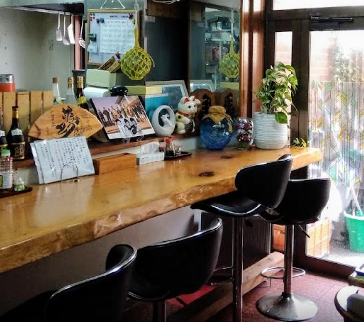 沖縄市胡屋なか・ゆくいのカウンター