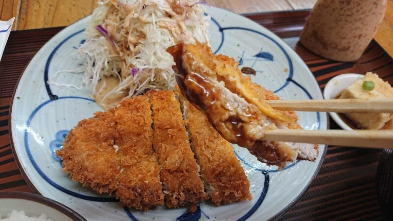 沖縄市照屋お食事処一茶のとんかつ定食