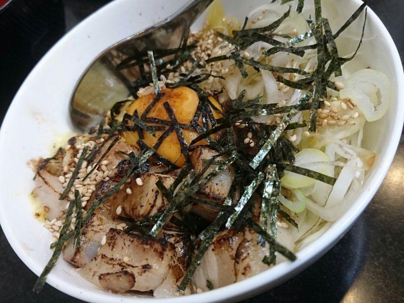 麺やKEIJIRO(けいじろう)沖縄市胡屋のチーズTKG