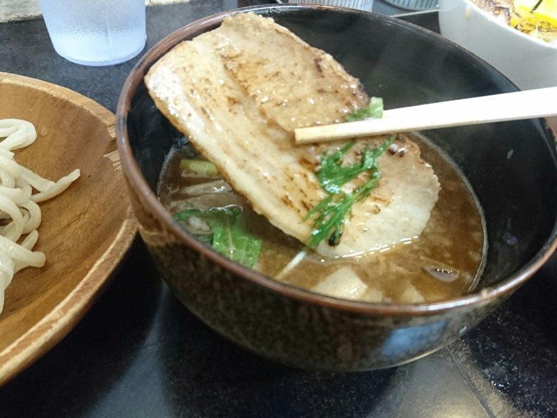 麺やKEIJIRO(けいじろう)沖縄市胡屋の炙りチャーシュー