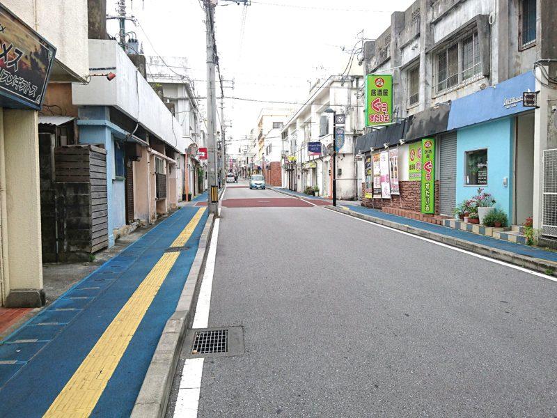 沖縄市中の町なかどおり