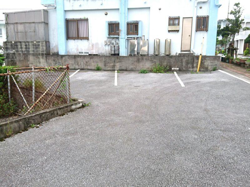 沖縄市食楽屋おはな駐車場