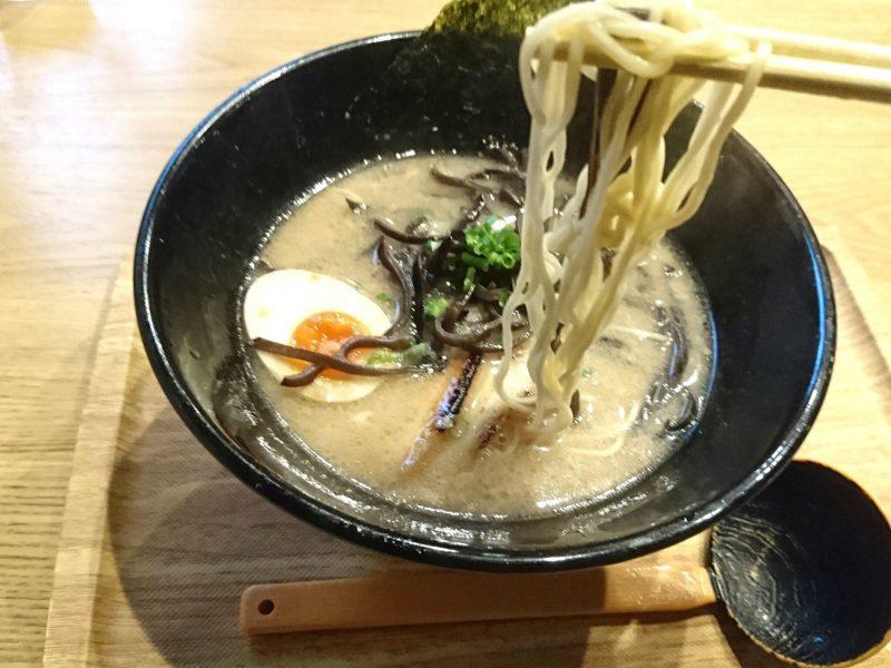沖縄市松本池武当麺家しゅんたくの麺
