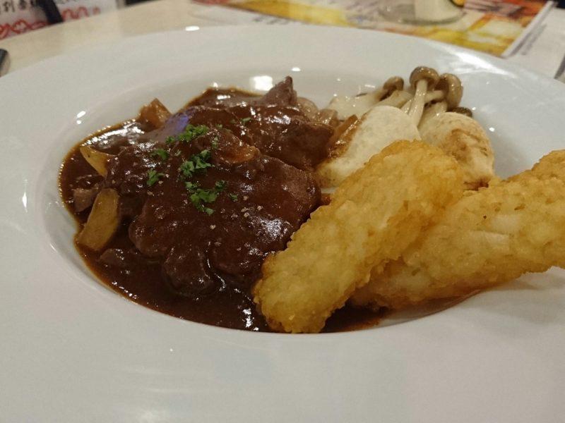 沖縄市パッソの牛タン柔らか煮
