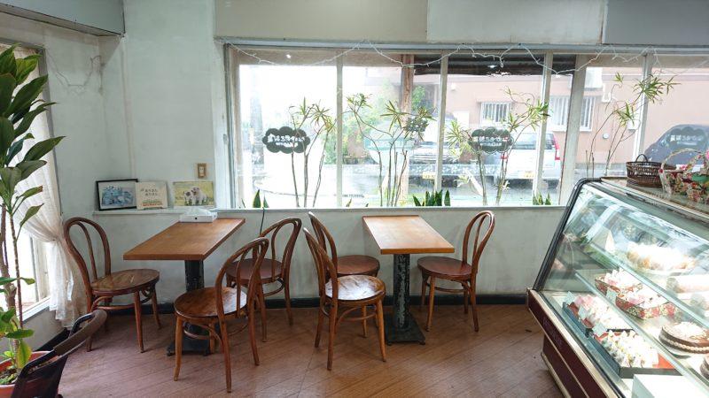 なかもと製菓沖縄市胡屋のイートインスペース