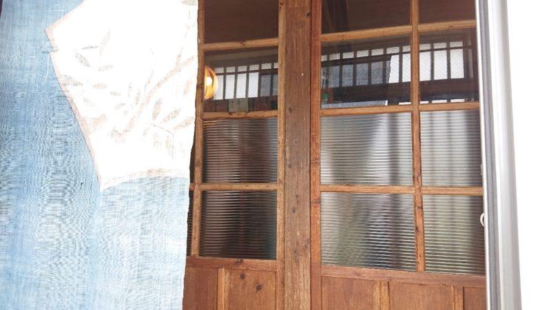 沖縄市諸見里みやび茶屋仲元の入り口