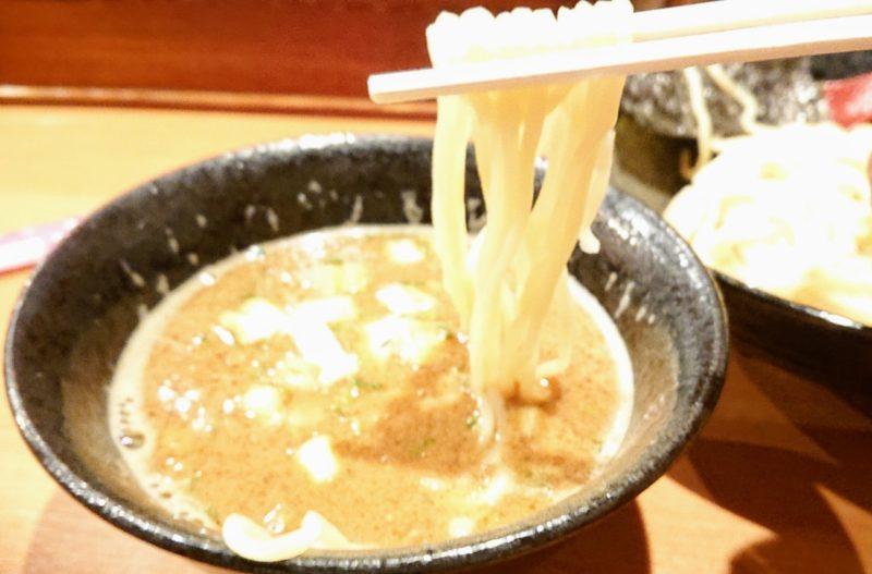 ゆいまーる人沖縄市安慶田のつけ麺