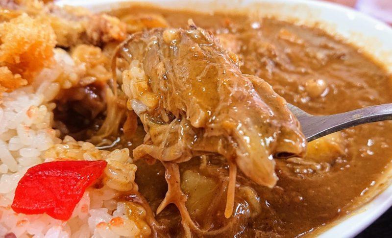 沖縄市胡屋味ごのみのカツカレー