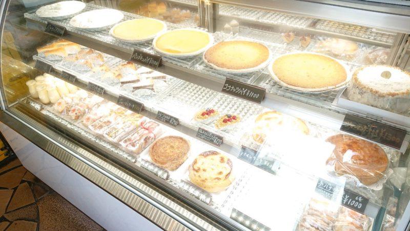 沖縄市高原なつのやのパイ