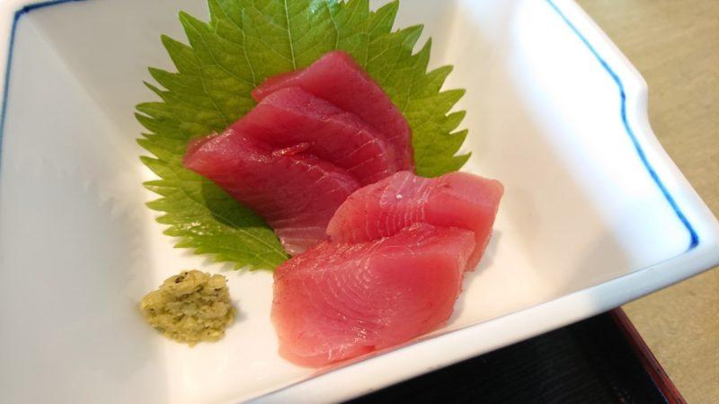 沖縄市胡屋なか・ゆくいの野菜の煮付け定食の刺身