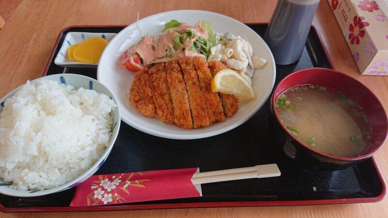 定食とカレーの店でいご沖縄市胡屋のトンカツ定食