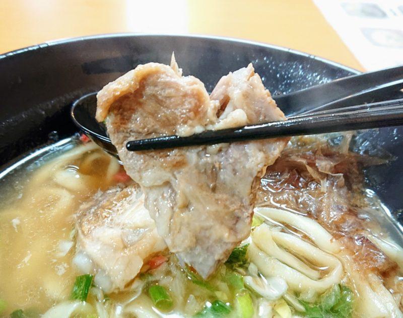 浦屋(うらや)沖縄市泡瀬のソーキ
