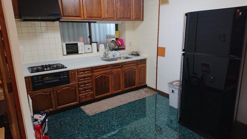 沖縄市美里仲原町BELLHOUSE(ベルハウス)のキッチン