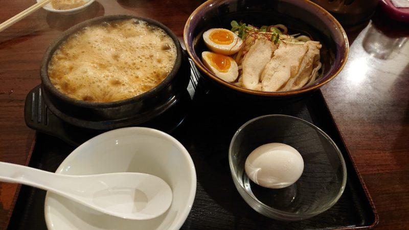 中の町鶏力(トリッキー)沖縄市上地中の町のえび味噌つけ麺