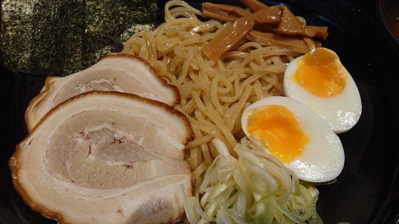 赤道ラーメン沖縄市上地中の町のつけ麺