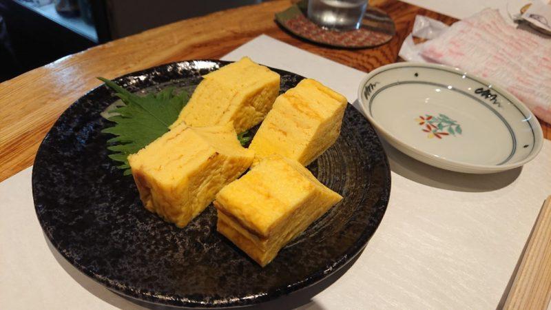 日本酒バー越佐(えっさ)沖縄市中央のだし巻き卵焼き