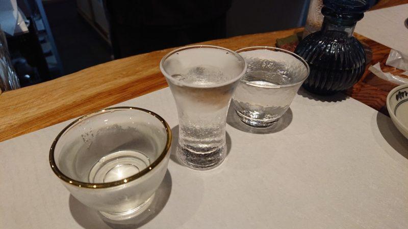 日本酒バー越佐(えっさ)沖縄市中央の日本酒飲み比べセット