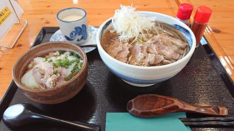 みちのくキッチンJIN(ジン)沖縄市比屋根の肉そば