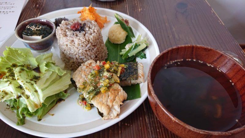 イマココカフェ(imacococafe)沖縄市高原のimacocoプレート