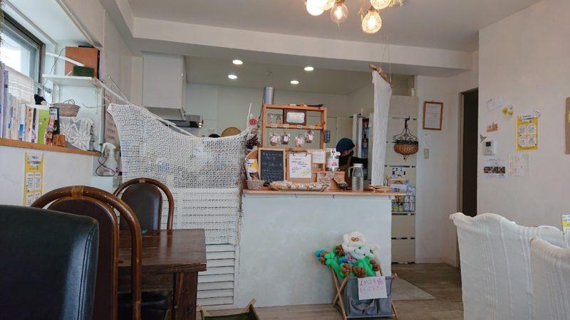 イマココカフェ(imacococafe)沖縄市高原の店内