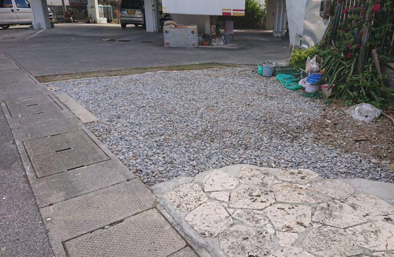もち家のモッチッチ沖縄市古謝の駐車場