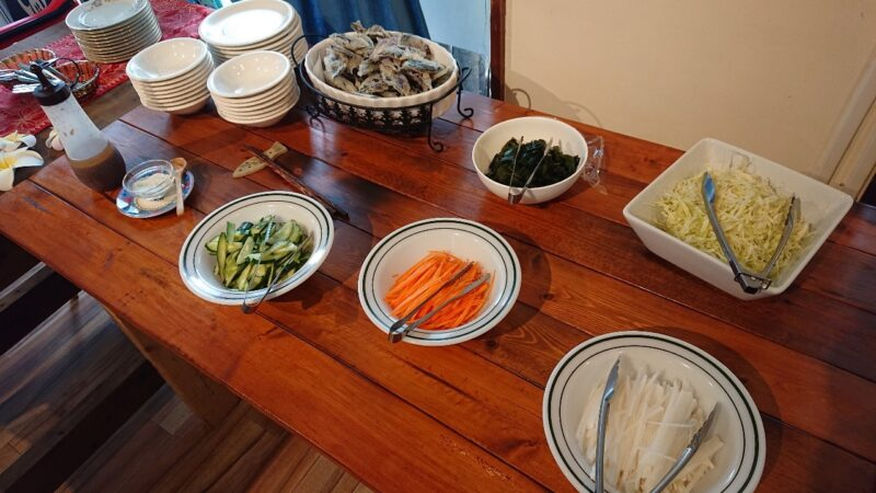 カフェマカナレイ沖縄市泡瀬の前菜バイキング