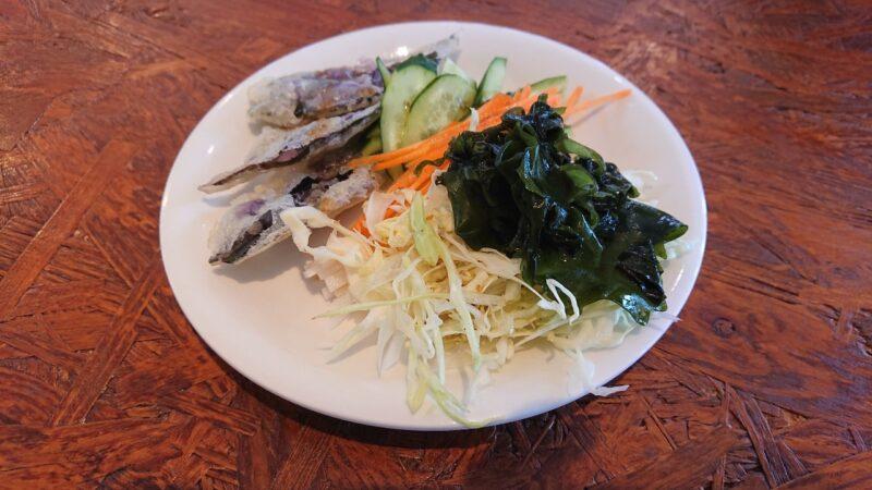 カフェマカナレイ沖縄市泡瀬のサラダ
