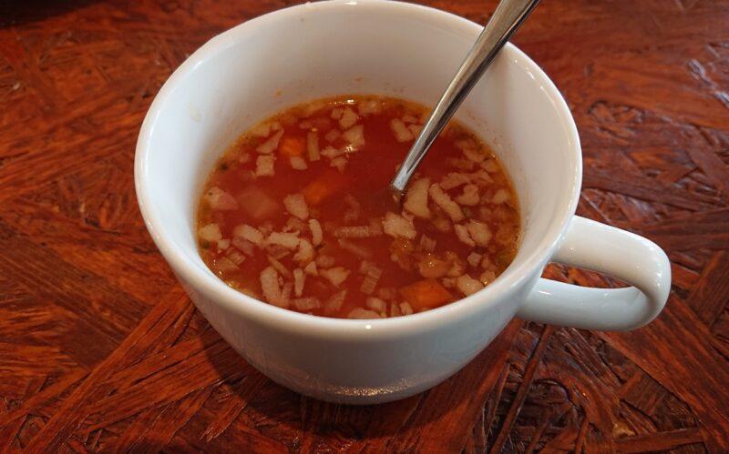 カフェマカナレイ沖縄市泡瀬のスープ