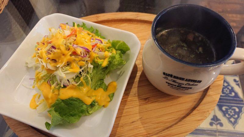 imacafe(イマカフェ)沖縄市上地のチキンカツ