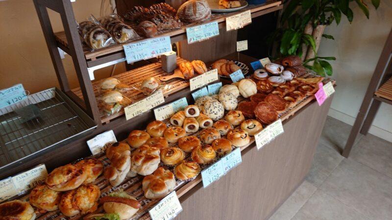 ぱん屋YUMENOARU(ゆめのある)沖縄市南桃原のパン