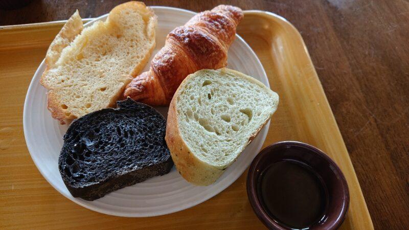 ラ・メール沖縄市登川のパン