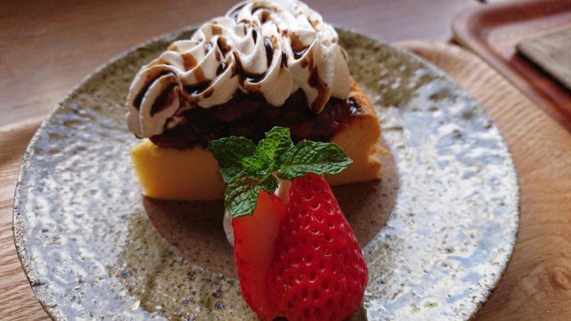 cafe ouchi:(カフェオウチ)沖縄市中央のあんこチーズケーキ