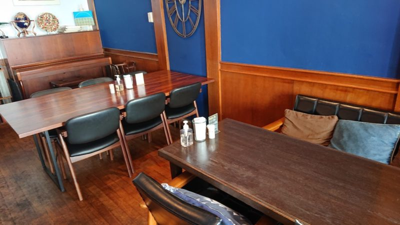cafe ouchi:(カフェオウチ)沖縄市中央の店内