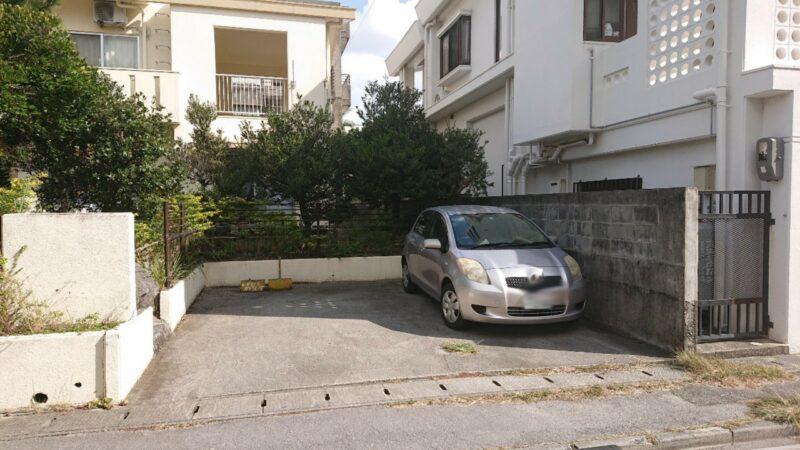 cafeめろん堂沖縄市海邦の駐車場